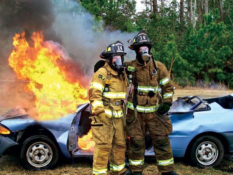 Какой огнетушитель подходит для использования в автомобиле